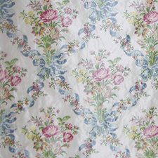Fond Creme Drapery and Upholstery Fabric by Scalamandre